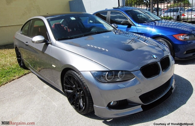 BMW E92 335i CSL Style Bootlid Carbon Fiber Vented Hood