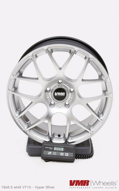 VMR Wheels V710 18inch Hyper Silver weight