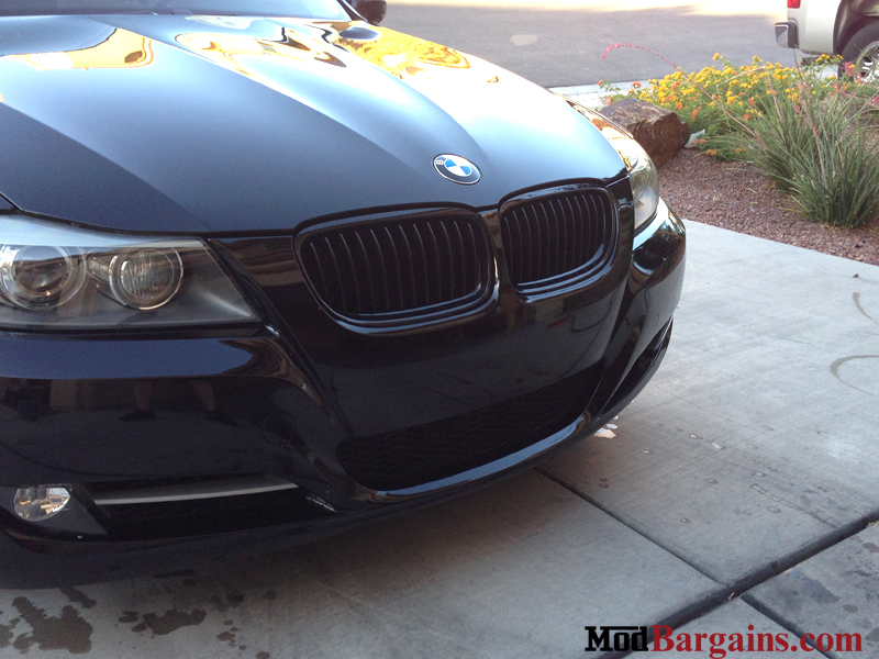 BMW Performance Grilles in Black on Black E90/91