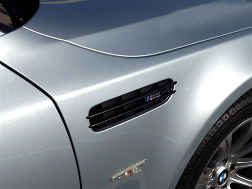 CB6GB Side Fender grill set Gloss Black painted for BMW E60 E61 M5 05-10