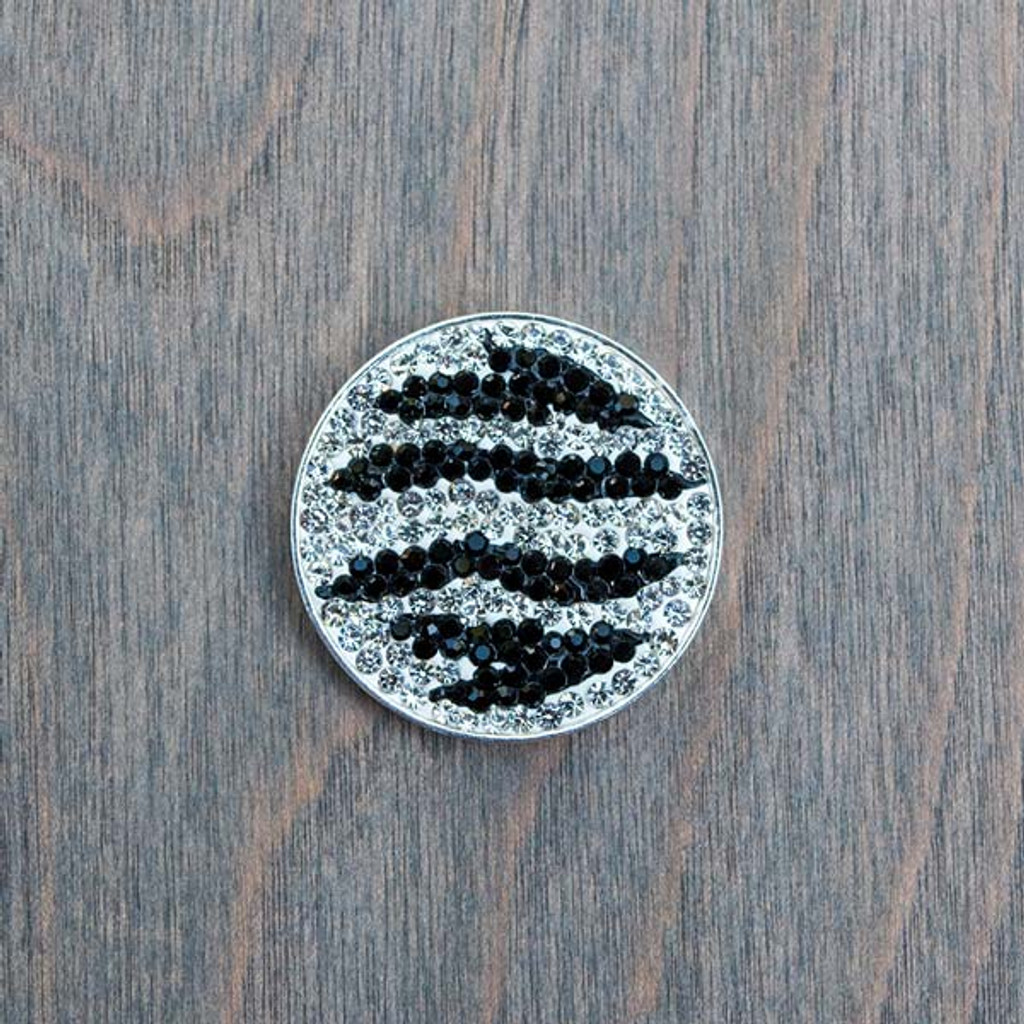 Zoe's Zebra Magnetic Charm is part of the Avalee's Magnetic collection and fits into any of our magnetic base necklaces in the collection.