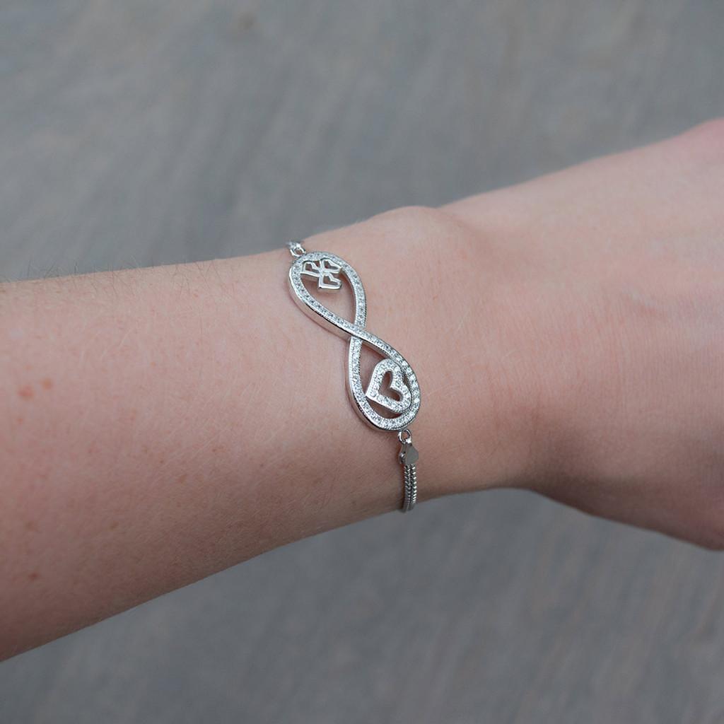 Camila's Chain Infinity Bracelet