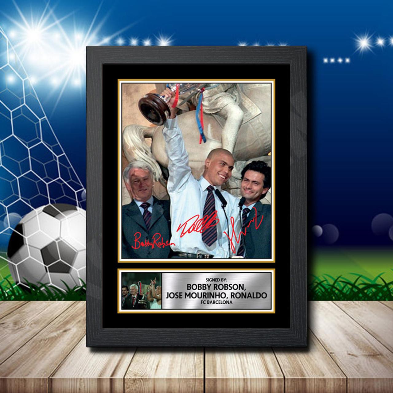 BARCELONA SIGNED FRAMED PP POSTER PHOTO BOBBY ROBSON /& JOSE MOURINHO /& RONALDO