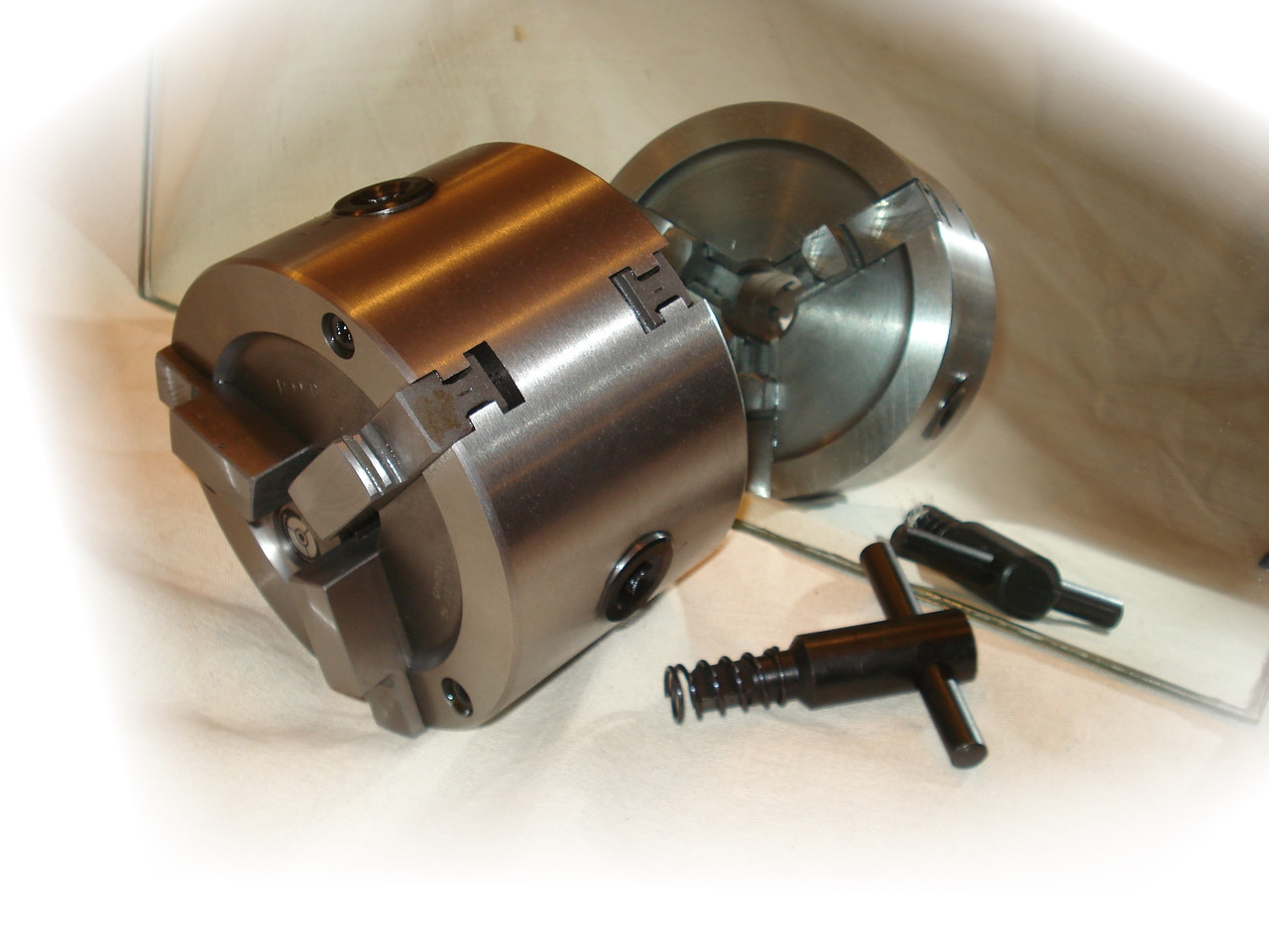 2-sided Brake Lathe Chuck.