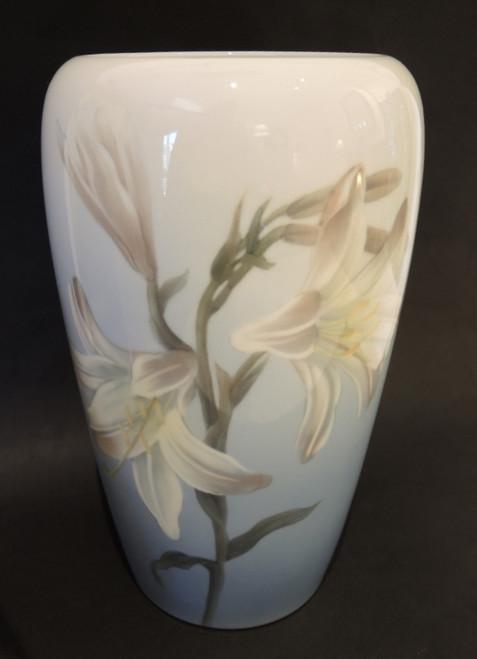 25cm Vintage Royal Copenhagen Hand Painted Asiatic Lily Vase