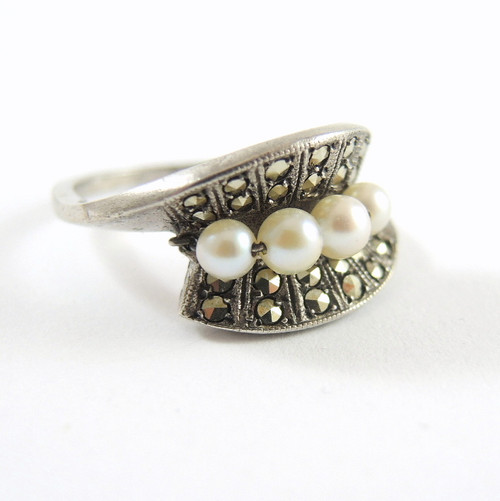 Art Deco Vintage Sterling Silver Marcasite Cultured Pearl Ring