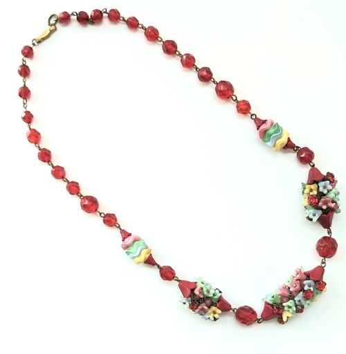 Vintage art deco art glass faceted red glass bead necklace with flowers.