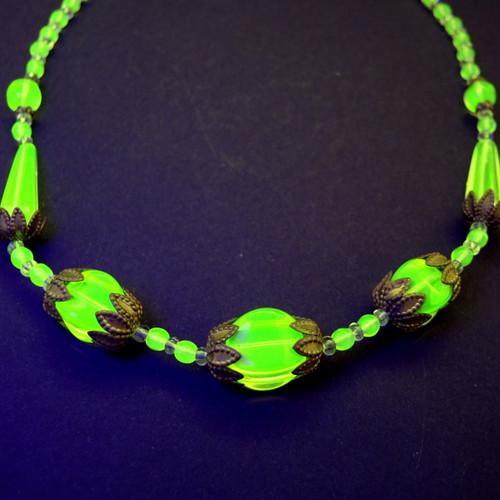 Art Deco Czech/ Austrian Uranium Citrine Glass Bead Necklace