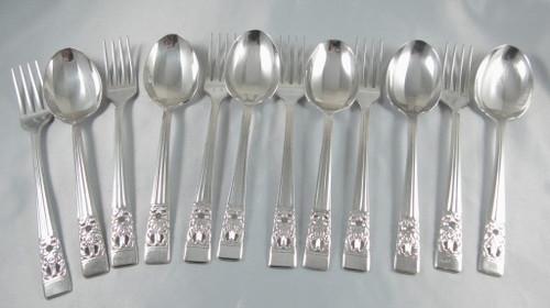 Vintage Hampton Court / Coronation Oneida Community Silver Plate Dessert set 12 pce