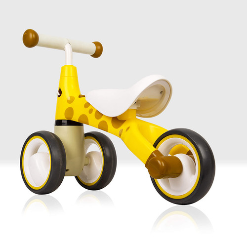 the Giraffe balance bike for toddlers and young children