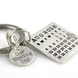 Mark Your Calendar Key Chain with Our Wedding Day Charm