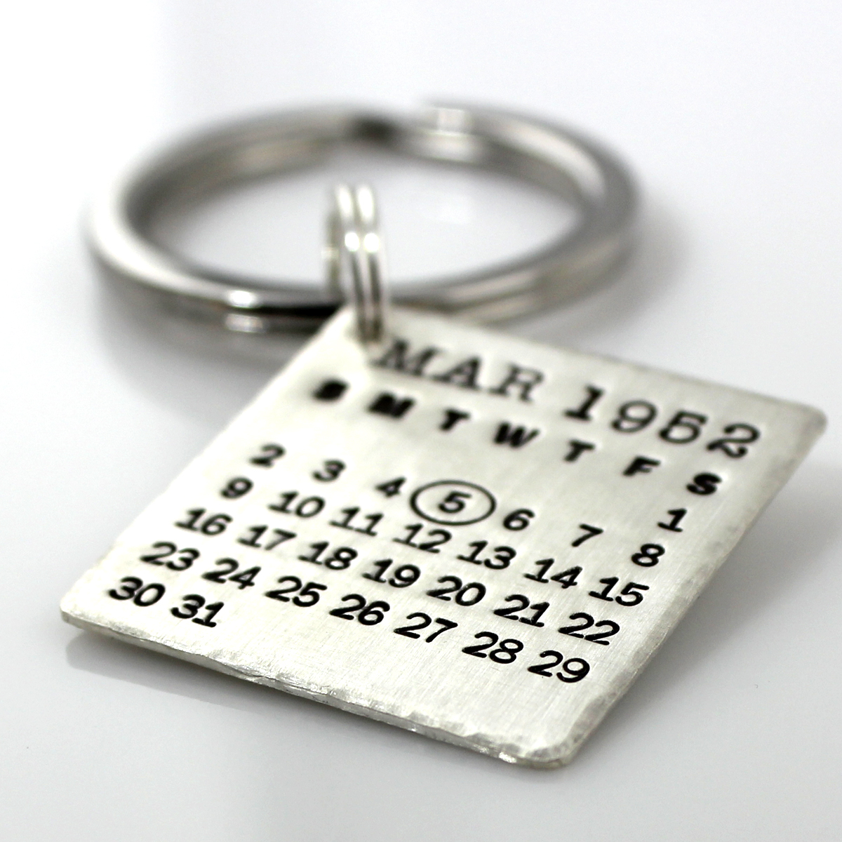 Mark Your Calendar Keychain with hammered edge
