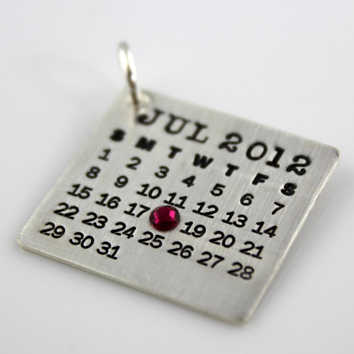 Mark Your Calendar Charm with Crystal Date Highlight