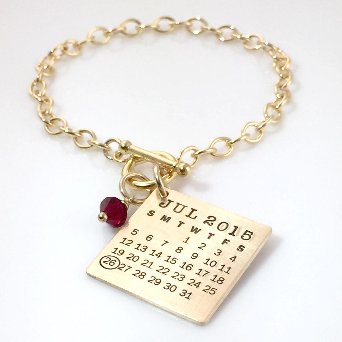Mark Your Calendar Toggle Bracelet – Gold Filled