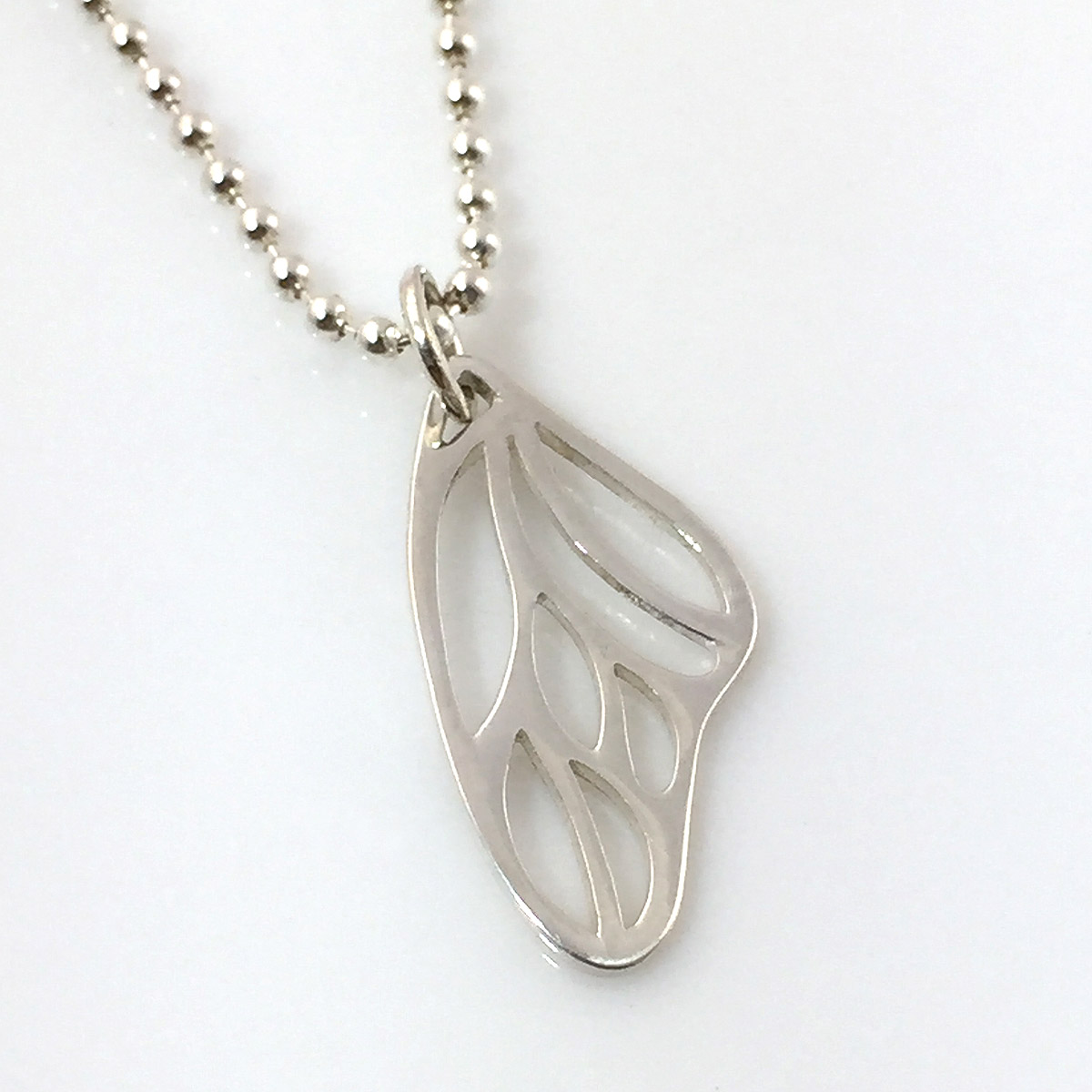 Butterfly Wing Simple Charm Necklace