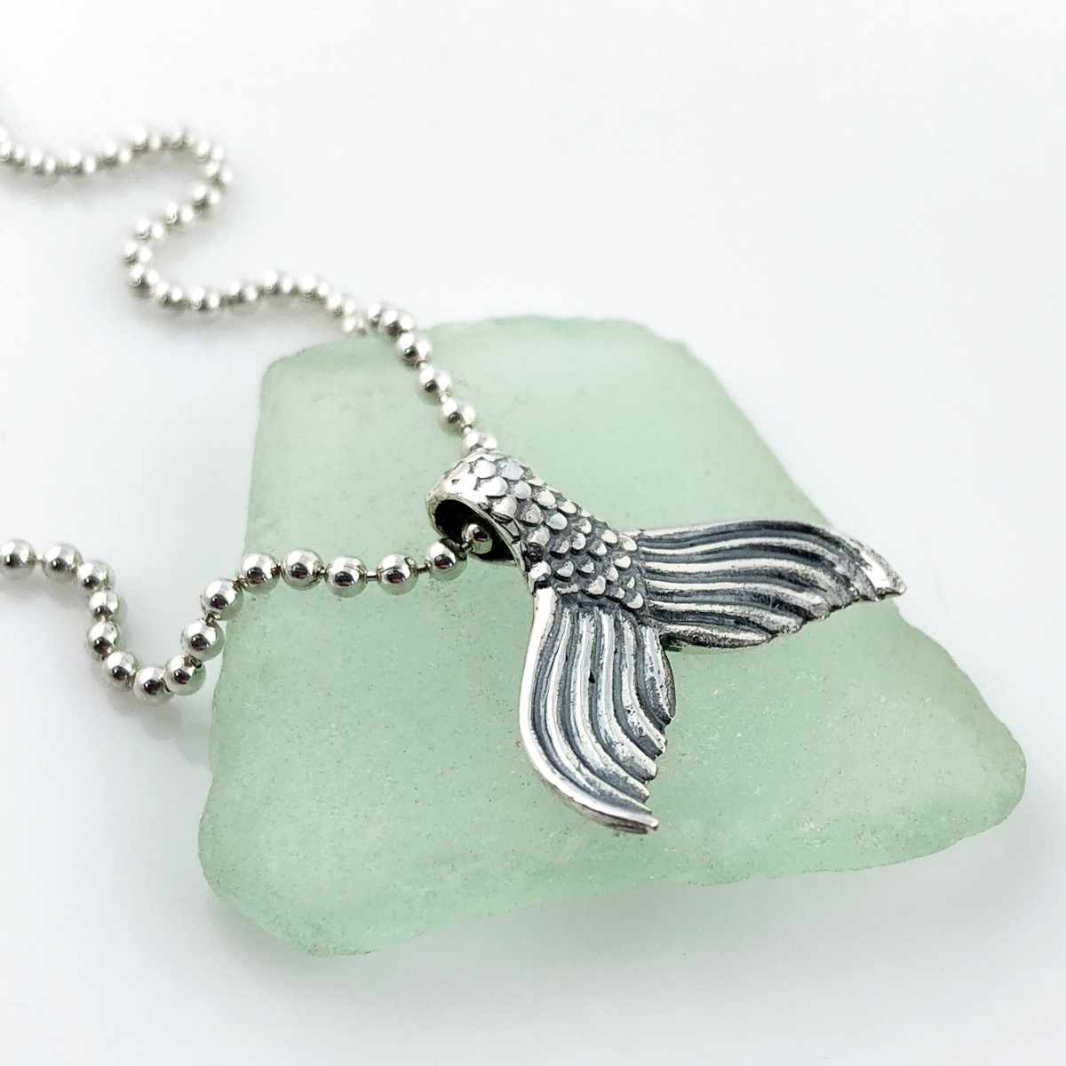 Mermaid Tail Simple Charm Necklace