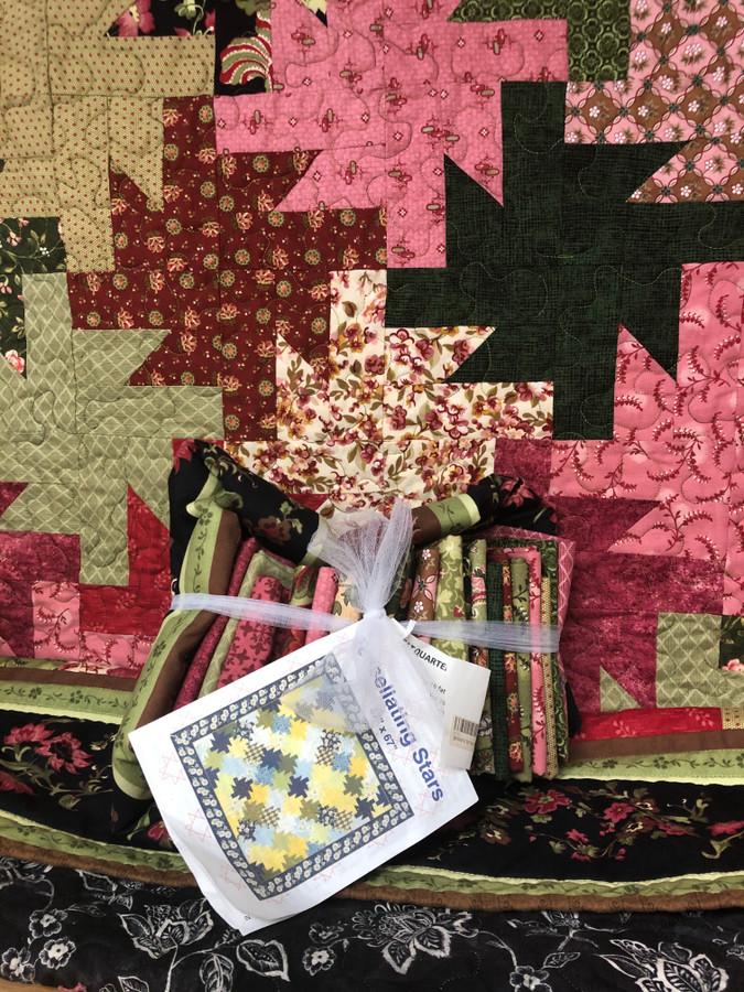 Tessellating Stars Quilt Kit
