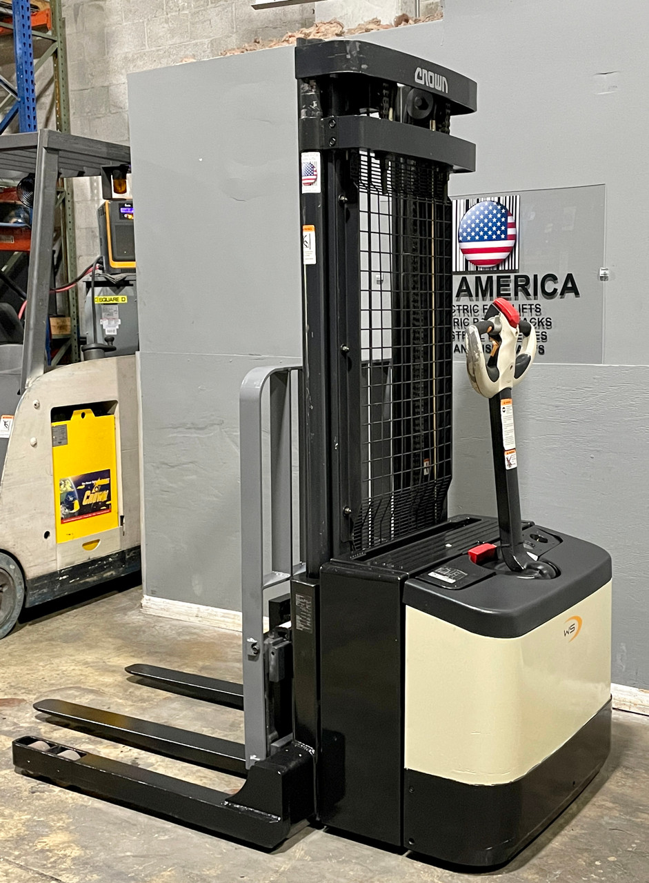 Crown WS2300 Electric Walkie Stacker For Sale