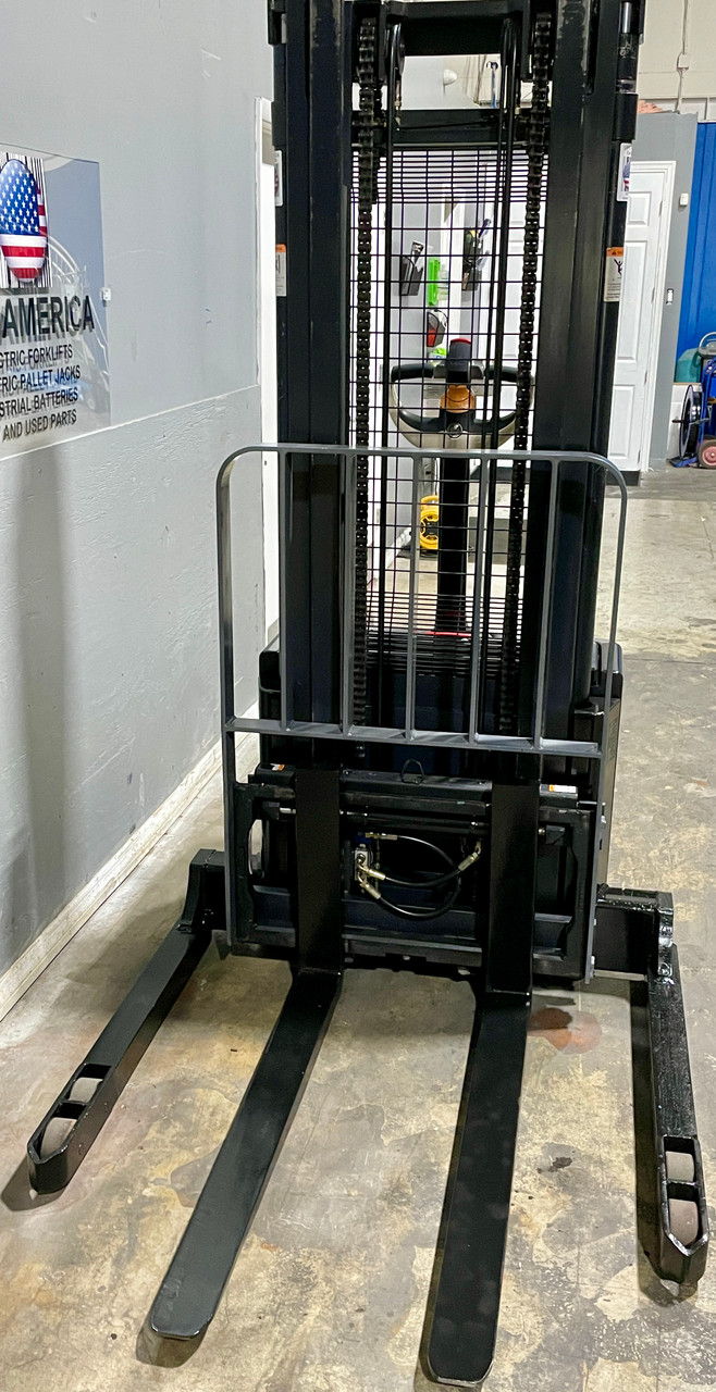 """2004 Crown Walkie Stacker Used DEKA Battery with Charger Raised Height  130"""" Cap 3,500 lbs Capacity Stock # 1637"""
