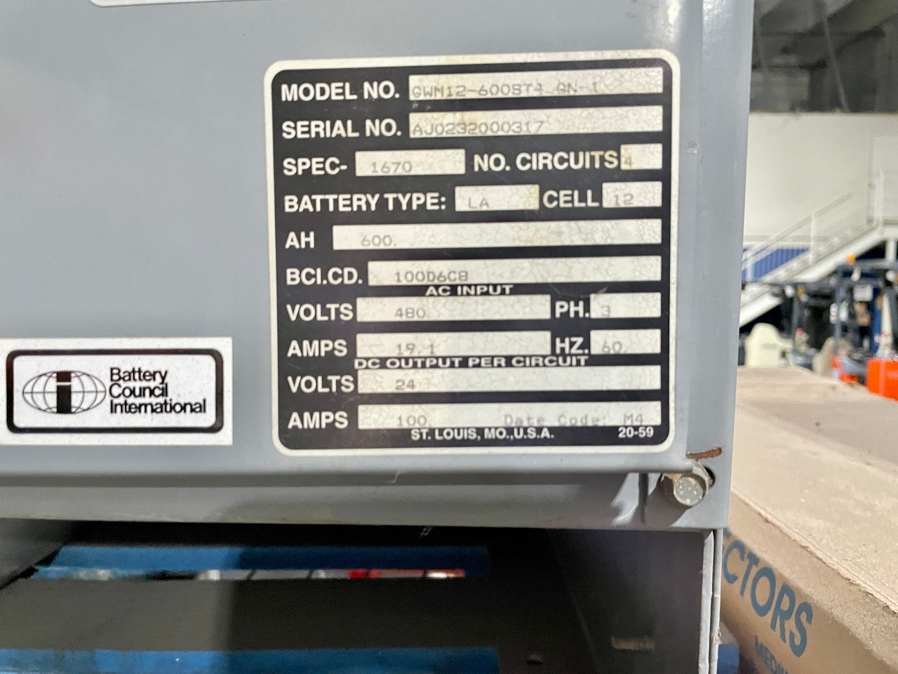 4 Bank 24 Volt GNB 3 Phase Lift Battery Charger, 600 Amp Hours,  480 Volts Input