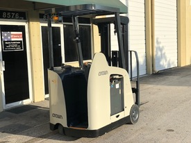 """2009 Crown Electric Forklift RC5530 84"""" / 190"""" H Cap 3,000 lbs Stock # 3171"""