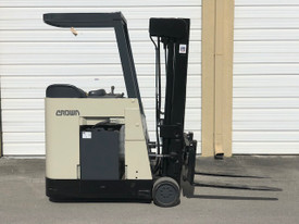 Crown RC3020, RC3200 Series, Electric Forklift