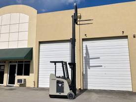 """2009 Crown Electric Forklift RC5530 84"""" / 190"""" H Cap 3,000 lbs Stock # 1195"""