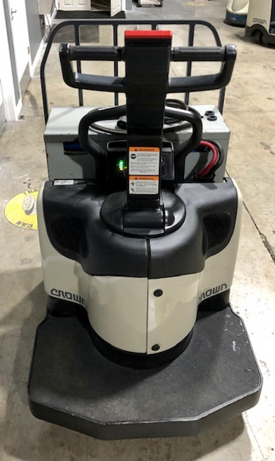 2014 CROWN ELECTRIC RIDER PALLET JACK 6,000 LB CAPACITY W/ 24 VOLT ENERSYS INDUSTRIAL BATTERY