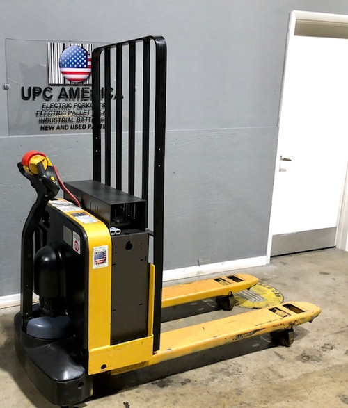 2013 YALE ELECTRIC PALLET JACK 5,000 LB CAPACITY W/NEW POWERPACK 24 VOLT BATTERIES & CHARGER