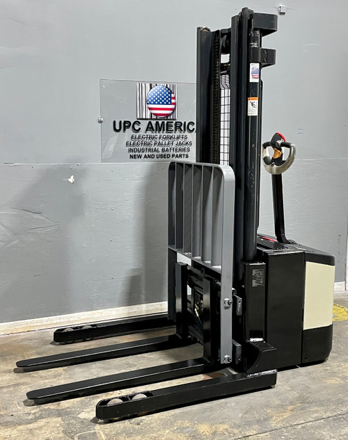 Used Crown Electric Pallet Stacker for sale