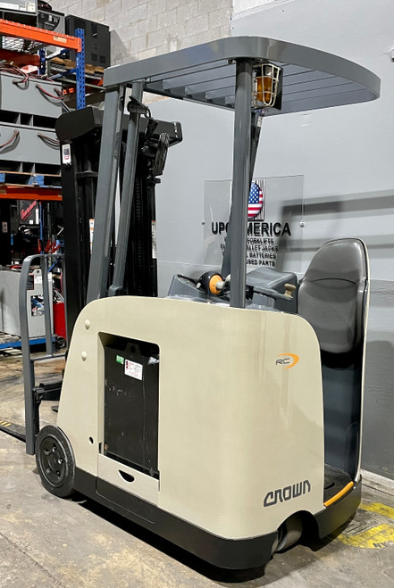 Used narrow aisle forklift for sale with warranty