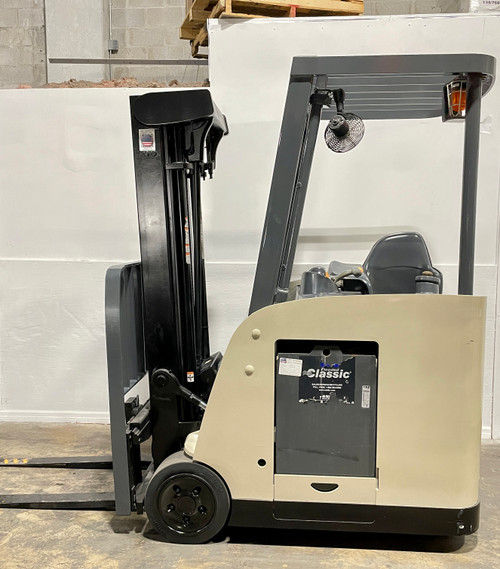 Small Warehouse Pre-Owned Certified Forklift For Sale