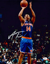 Allonzo Trier New York Knicks Signed Autographed 11x14 Photo JSA Auth #2