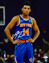 Allonzo Trier New York Knicks Signed Autographed 11x14 Photo JSA Auth #5