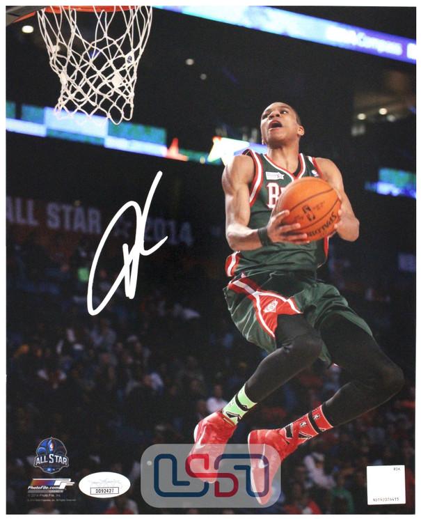Giannis Antetokounmpo Bucks Autographed Signed 8x10 Photograph Photo JSA Auth #5