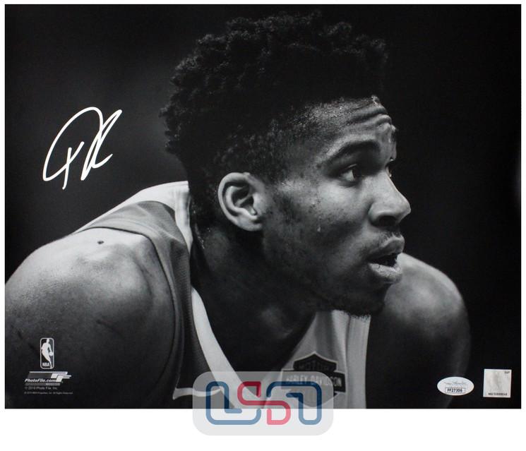 Giannis Antetokounmpo Bucks Signed Autographed 11x14 Photograph Photo JSA #3