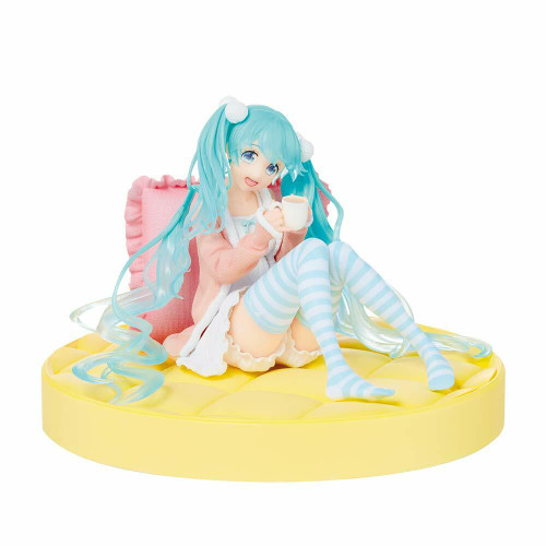 SEGA Taito Vocaloid Miku Hatsune Casual Wear Figure