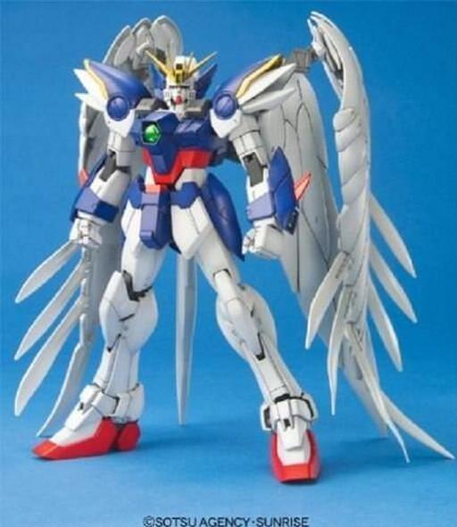 Bandai Bandai Hobby MG Gundam Wing Endless Waltz - XXXG-00W0 Wing Gundam Zero Endless Waltz ver Master Grade 1/100 Model Kit