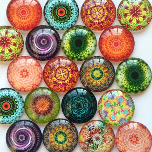 10 Kaleidoscope Swirl  25mm Round Glass Cabochons