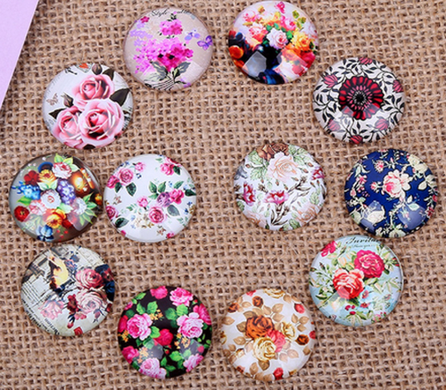 24 Floral Beauty 16mm Round Glass Cabochons