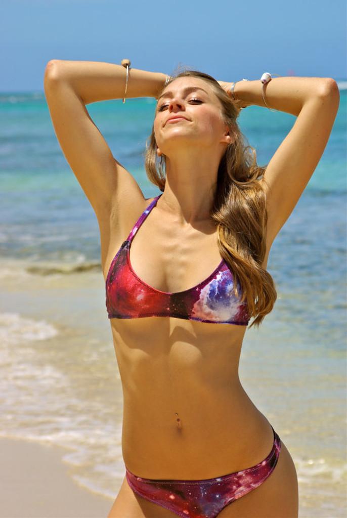 d65e46ffbf935 Kaneohe REVERSIBLE Sporty Halter Bikini Top Customize Size   Choose ...