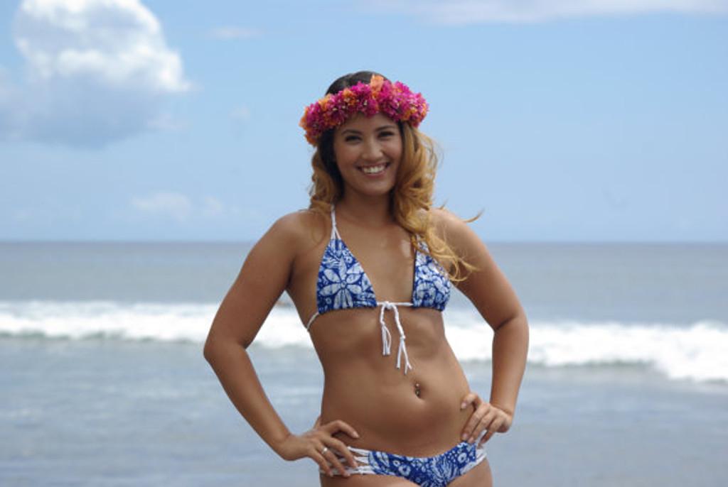 39429230dd Kewalo Bralet Triangle Bikini Top Customize Size   Choose from 50+ ...
