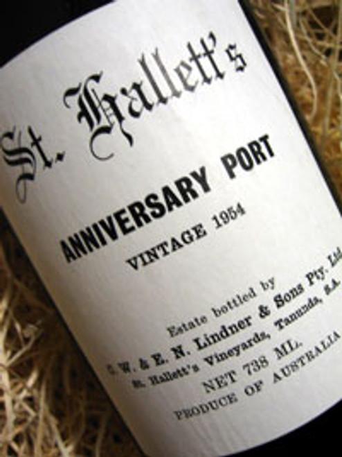St Hallett Anniversary Port 1954