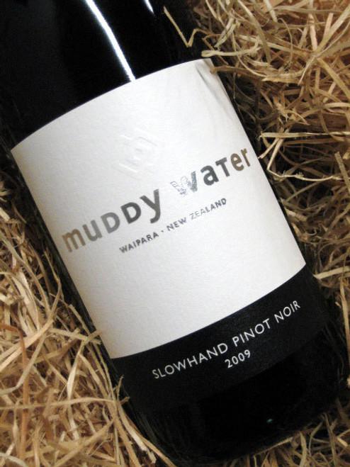 Muddy Water Slowhand Pinot Noir 2009