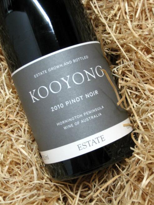 Kooyong Pinot Noir 2010