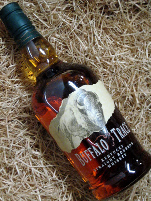 [SOLD-OUT] Buffalo Trace Kentucky Bourboun 700mL
