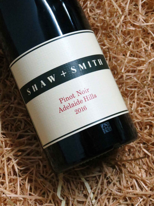 [SOLD-OUT] Shaw & Smith Pinot Noir 2016