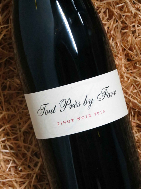 [SOLD-OUT] By Farr Tout Pres Pinot Noir 2016