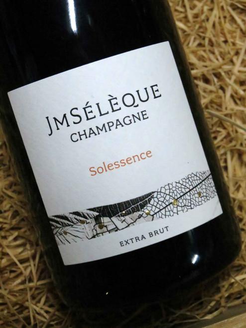 JM Seleque Solessence N.V.