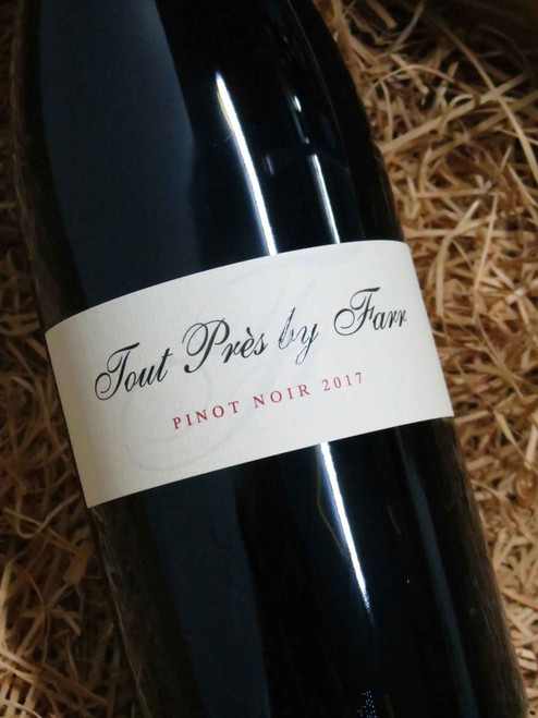 [SOLD-OUT] By Farr Tout Pres Pinot Noir 2017